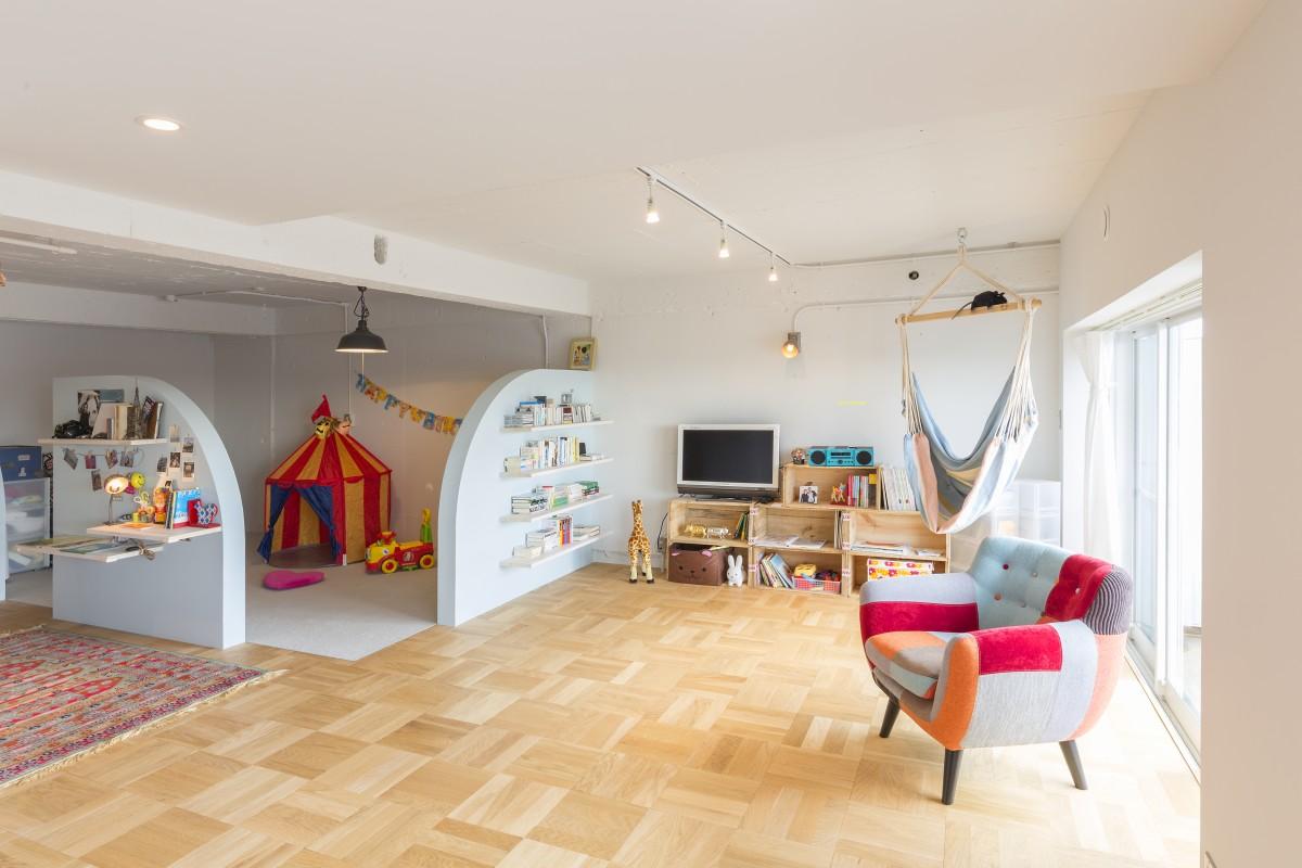 「ハーフオープン&ハーフクローズド」の子ども部屋